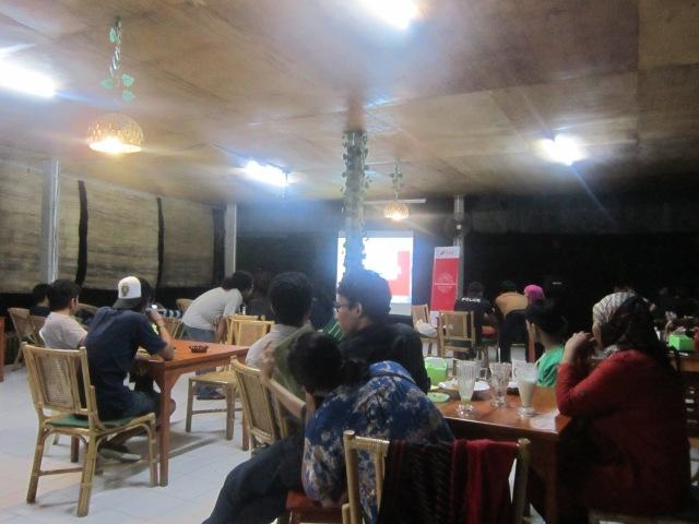 Kedai Pojok Adhiyaksa, taken by Fachrie Lantera